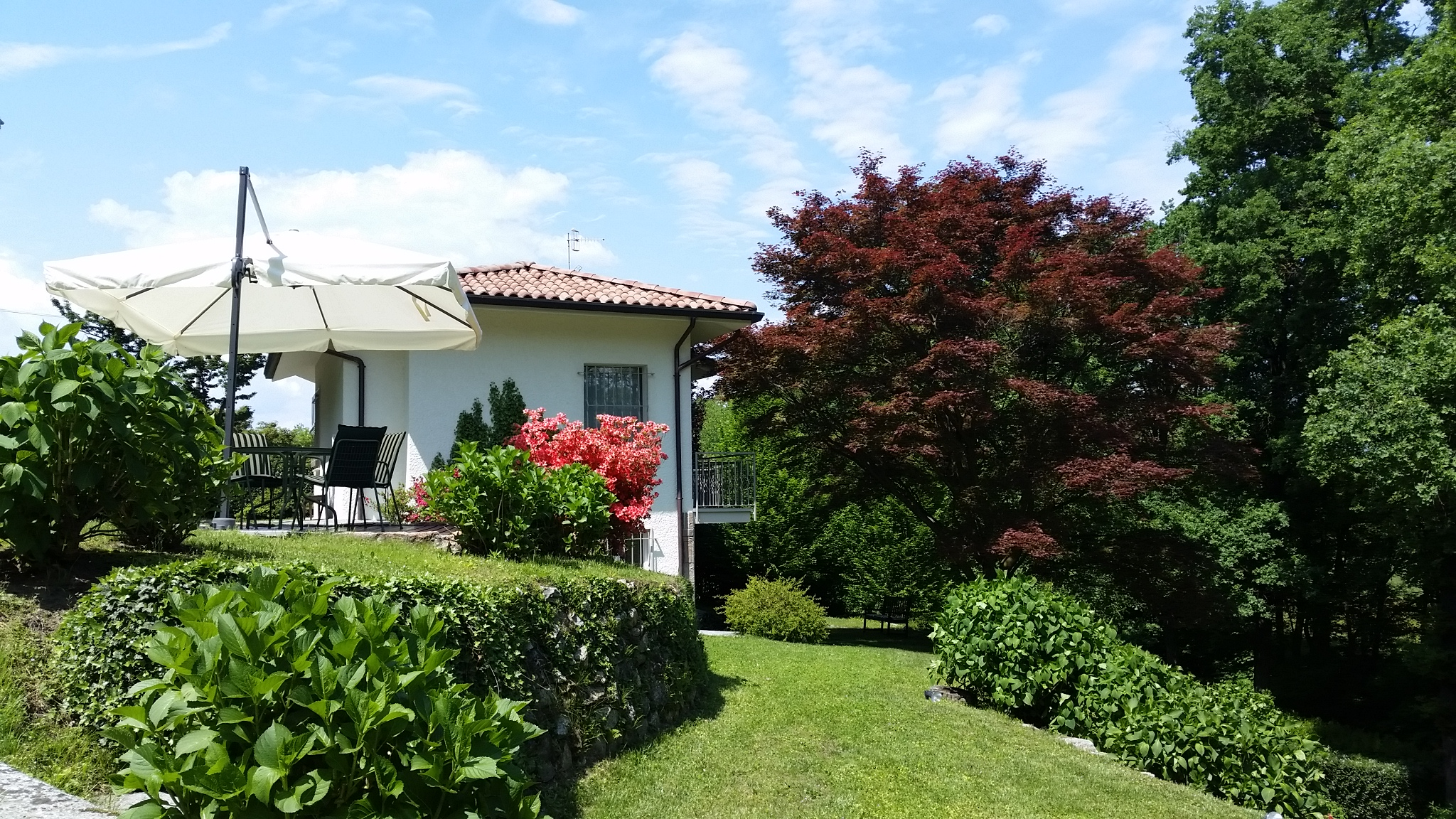 "Oleggio Castello ""Villa Ortensia"" · detached single family home in natural park near Lake Maggiore"