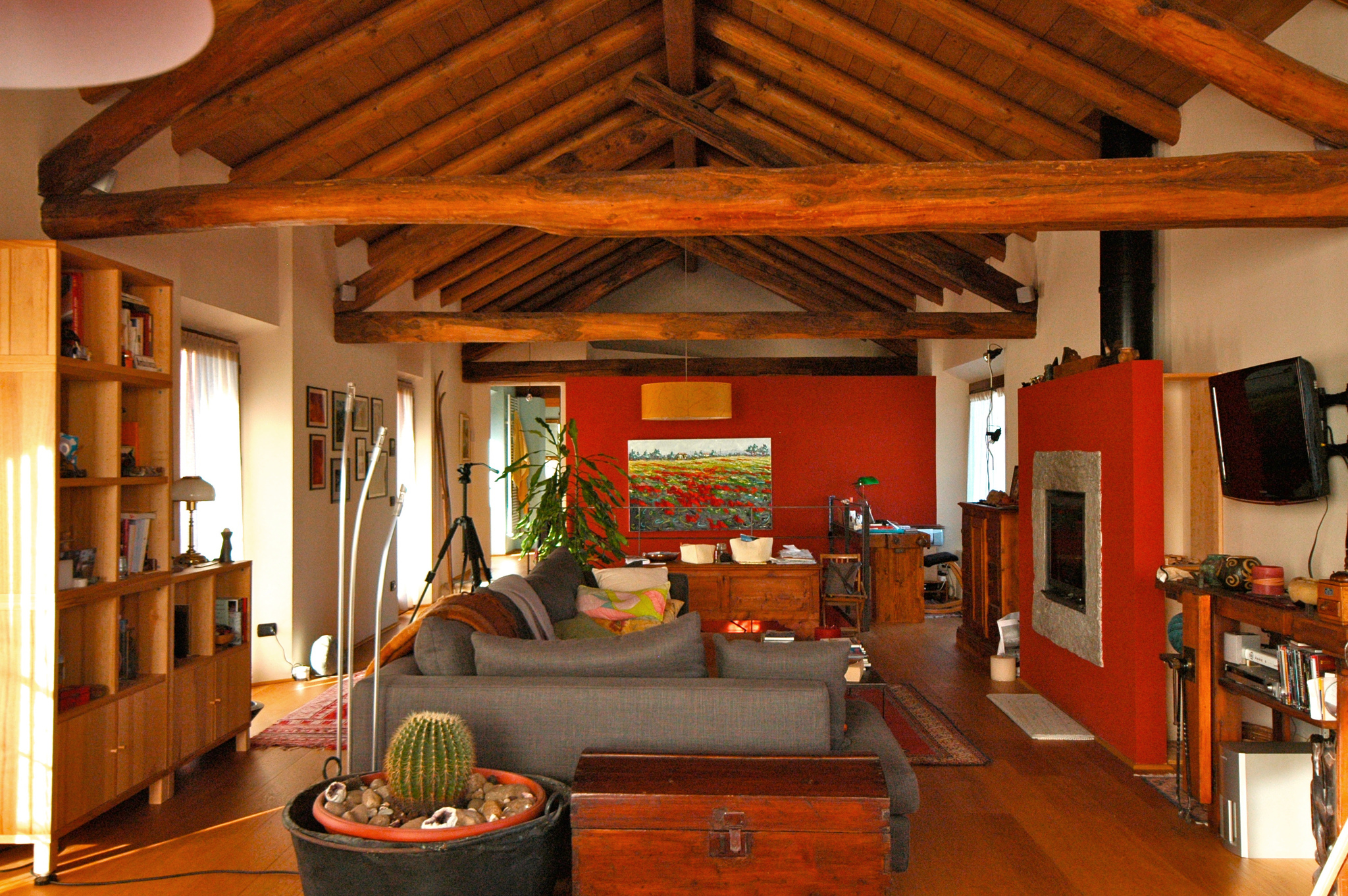 Independent rustic home with personality & modern conveniences near Stresa, Lake Maggiore